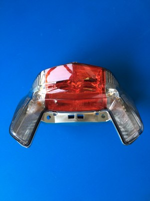 COMPLETE REAR LIGHT TAILLIGHT ORIGINALE HONDA DEAUVILLE 700 NT 700 FROM 2010 TO 2016