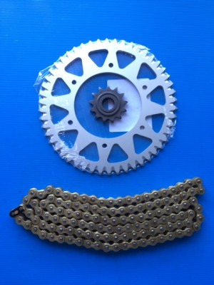 KIT TRANSMISSION CHAIN HONDA CR 250 FROM 1982 TO 1985